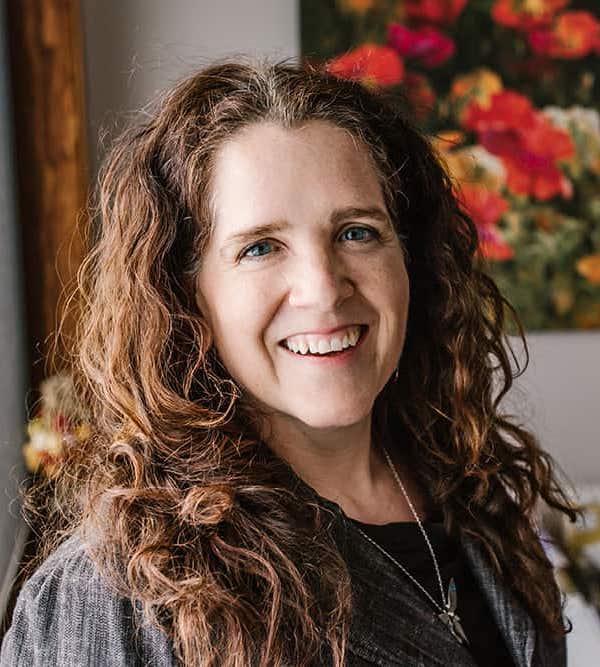 Dr Jocelyn Strand, ND